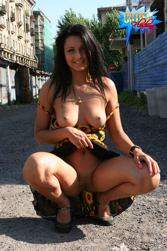 arab girl naked image
